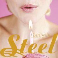 Daniele Steel: Hyvää syntymäpäivää
